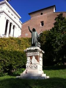 Cola di Rienzo still beckons (Capitoline Hill, Rome)